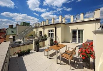 Deluxe Apartment, 3 Bedrooms, Terrace