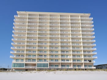 Hotel - Crystal Shores by Wyndham Vacation Rentals