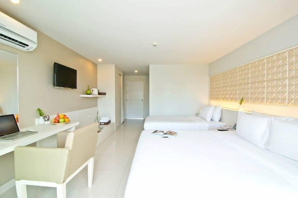 The Ivory Villa, Pattaya