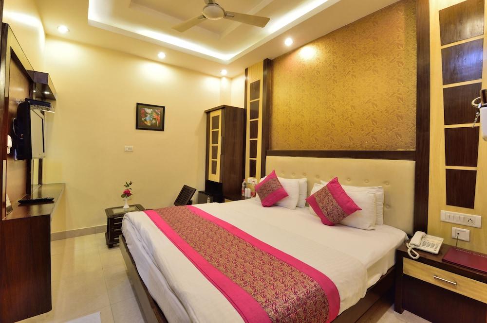 Hotel Aman International @ New Delhi Station