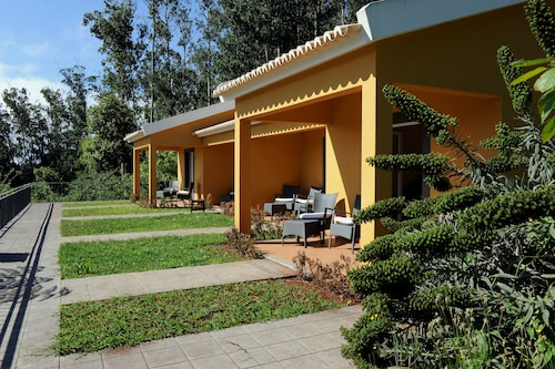 Quinta Cova do Milho, Santa Cruz