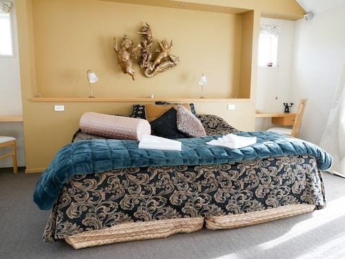 Vibrant Living Retreat, Hurunui