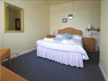 Godolphin Arms Hotel