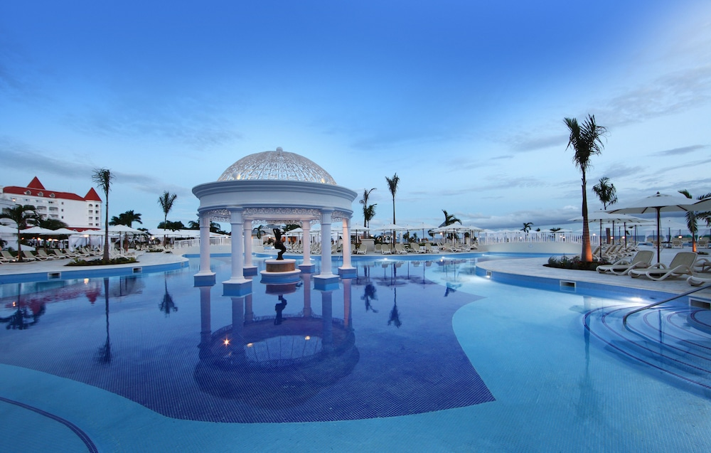 adults only resorts in runaway bay jamaica