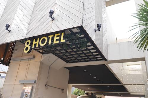 . 8hotel