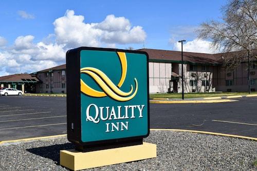 . Quality Inn Umatilla - Hermiston