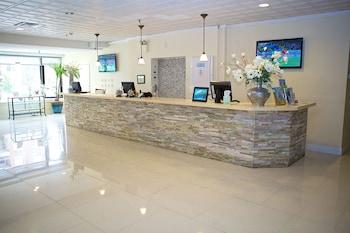 Hotel - Long Beach Hotel