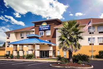 Bay Inn & Suites Foley