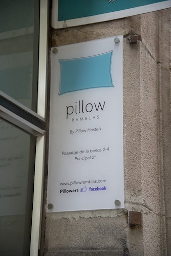 Ramblas by Pillow Hostel - Adults only, Barcelona