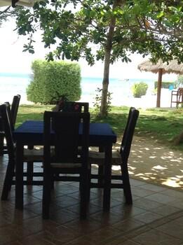 Talima Beach Villas And Dive Resort Mactan Breakfast Area