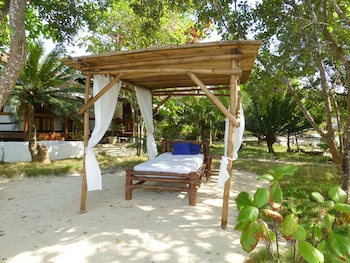 Talima Beach Villas And Dive Resort Mactan Massage