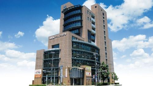 . Wakayama Urban Hotel
