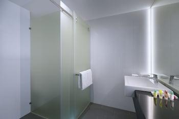 Bathroom at Four Points by Sheraton Brisbane in Brisbane