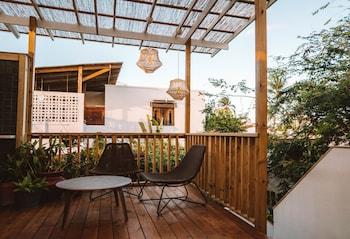 Honeymoon Suite, 1 Queen Bed, Terrace