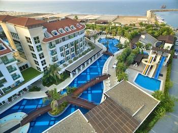 Hotel - Sunis Evren Resort Hotel & Spa – All Inclusive