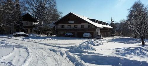. Landgasthof Schweizerhof