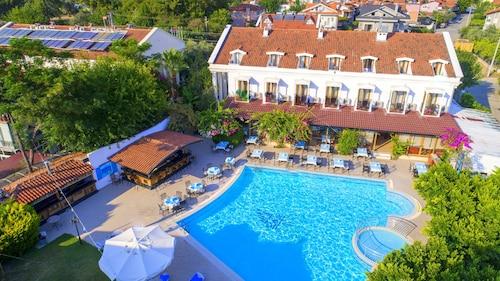 . Göcek Lykia Resort Hotel