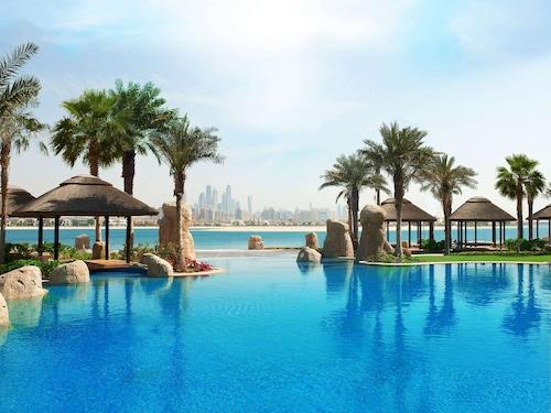 . Sofitel Dubai The Palm Luxury Apartments