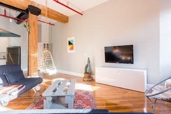 2 Bedroom XL Loft Apartment