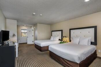 Standard Room, Two Queen Bed