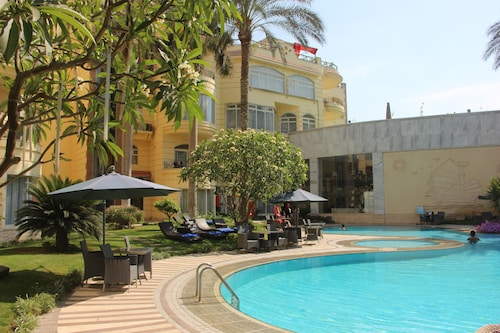 Soluxe Cairo Hotel, Al-Ahram