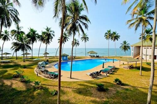 . Elmina Bay Resort