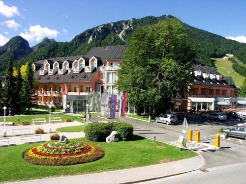 __{offers.Best_flights}__ Ramada Hotel & Suites by Wyndham Kranjska Gora