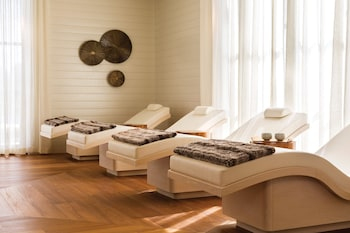 Four Seasons, 2 Double Beds