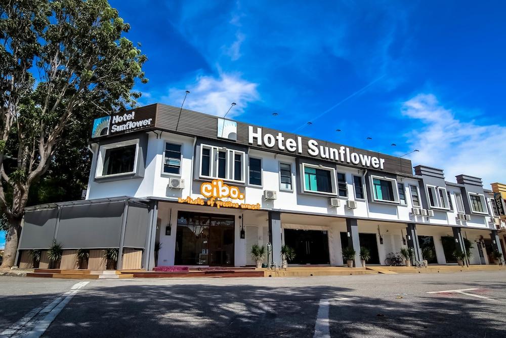 サンフラワー ホテル マラッカ