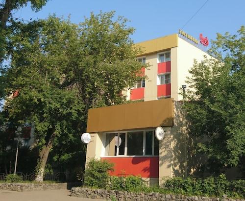 . Hotel Rus