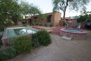 Turtle Back Mesa Bed & Breakfast - Featured Image  - #0