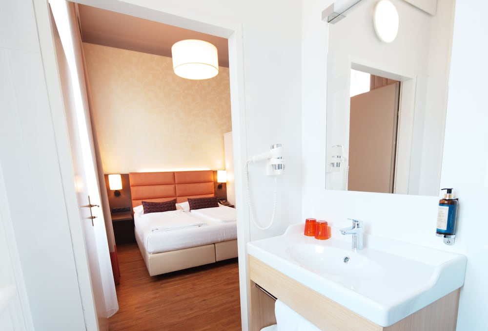 Hotel Drei Kronen Vienna City