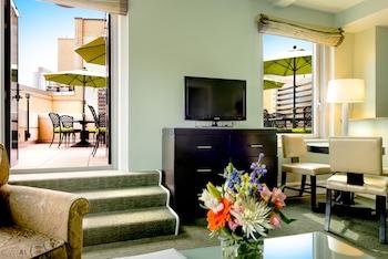燈塔飯店 Hotel Beacon