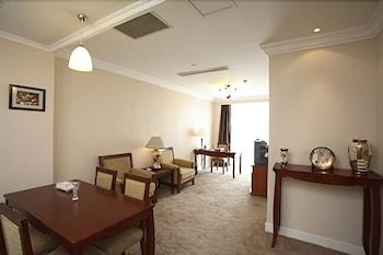 ブルー パレス ホテル (藍宮大飯店)