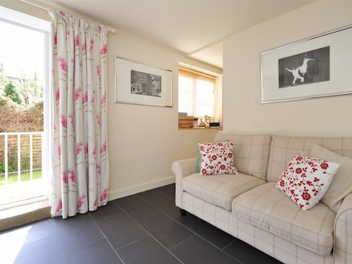 Kensington Court, Bath and North East Somerset