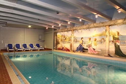 . Hotel am Schloßpark Zum Kurfürst