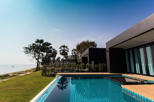 . Sunshine Paradise Resort