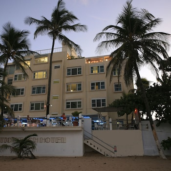 Hotel - Atlantic Beach Hotel