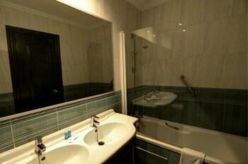 Hotel Venecia - Bathroom  - #0