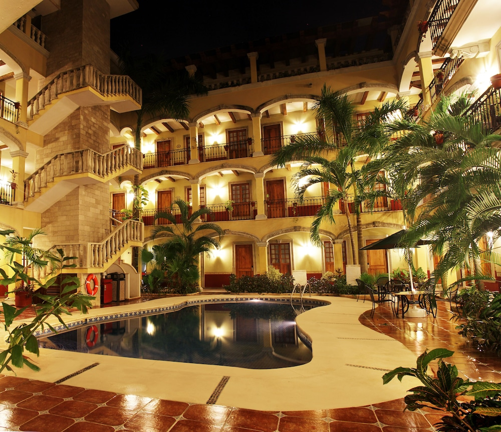 Hacienda Real del Caribe, Featured Image