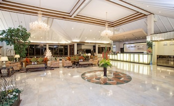 Hotel - Grand Legi Mataram