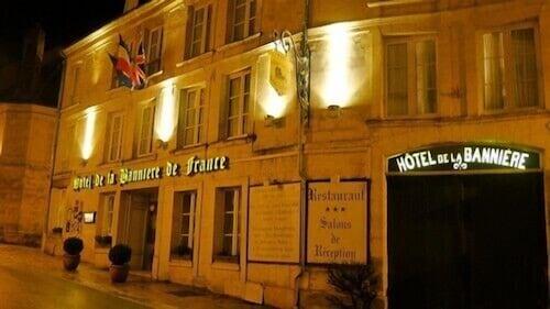 . Hotel de la Banniere de France