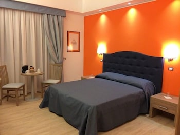 Hotel - Fleming Suites