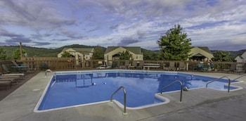 Hotel - Eagle's Nest Condo Resort