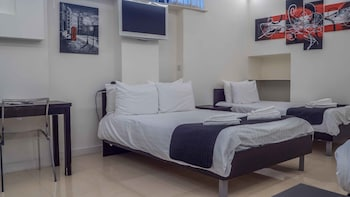 Economy Triple Room, Multiple Beds