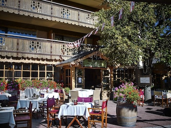 Hotel - Hôtel Les Peupliers