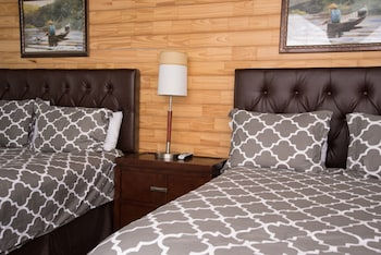 Deluxe Cabin, 1 Queen Bed with Sofa bed, Mountain View, Mountainside