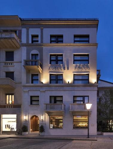 . Posta Design Hotel