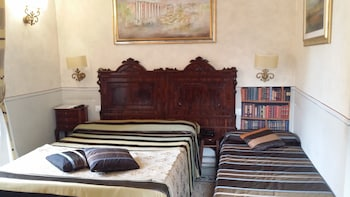 Standard Quadruple Room, 1 Bedroom, Ensuite, City View