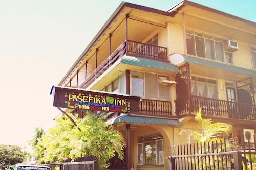 Pasefika Inn, Vaimauga West